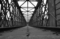 Pont sncf désaffecté © Marie-Françoise Plagès